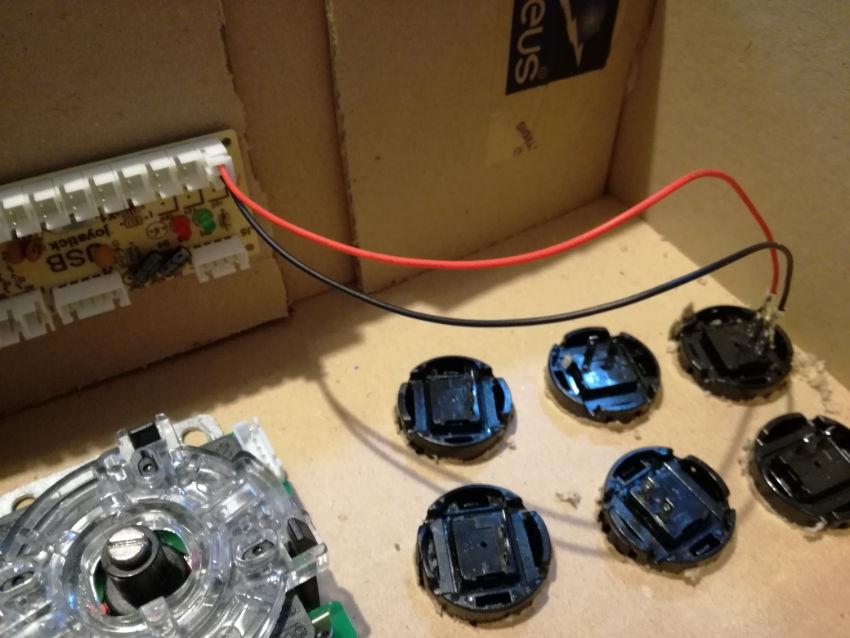 collegamento pulsanti da gioco e encoder